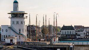Toren maritieme verkeersleiding Harlingen sur