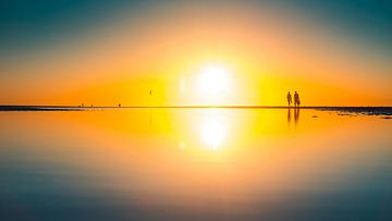 Breezand sunset reflection van