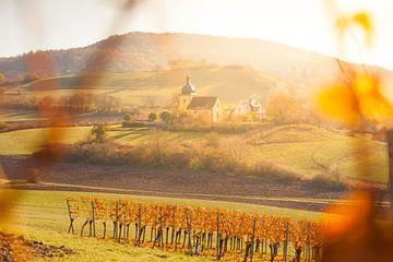 Kirche in Unterfranken im Herbst