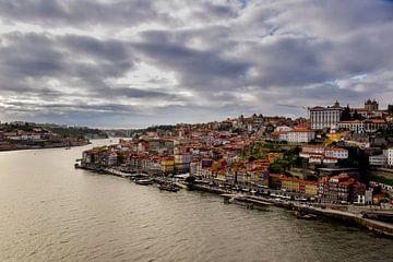 Stad aanzicht van de boulevard van Porto van Sander Hekkema