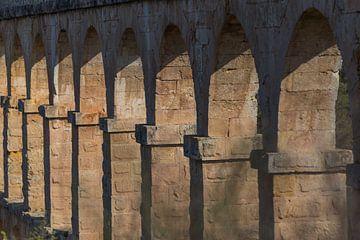 Aquaduct van Tarragona, Spanje van Maarten Hoek