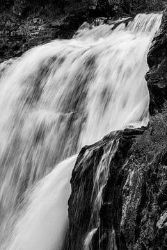 Fließender Wasserfall von Stefan Verheij