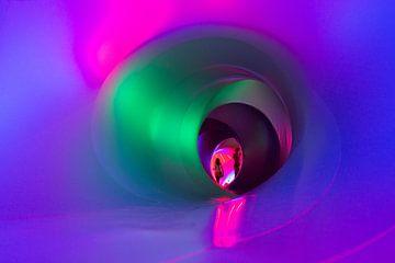 Rainbow tunnel van Geert van der Sluis