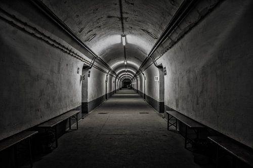 Bunker Hallway von Erik Bravenboer