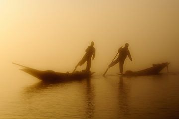 Insle Lake Fishermen van Peter Laarakker