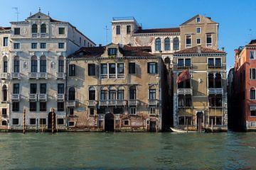 Palazzo in Venetië van Michel van Kooten