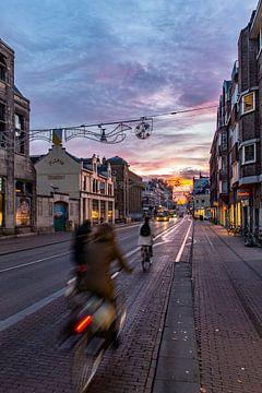 Zonsopkomst boven de Utrechtse Nobelstraat von