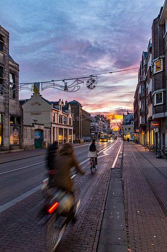 Zonsopkomst boven de Utrechtse Nobelstraat van