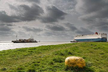 Baggerschiff im Aussenhafen van Rolf Pötsch