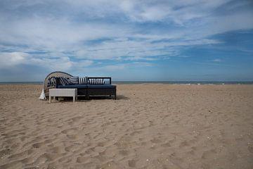 Ontspannen op het strand 01 van Cilia Brandts
