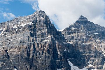 Rough Mountain peaks von Daniel Van der Brug