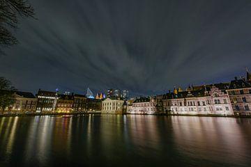 Binnenhof bei Nacht, Den Haag, mit dem Hofvijver von Gea Gaetani d'Aragona