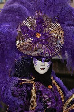 Violetter venezianischer Karneval von Henk Noevers