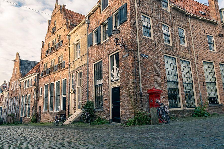Deventer hoek Bergstraat en Bergkerkplein van Arjen Roos