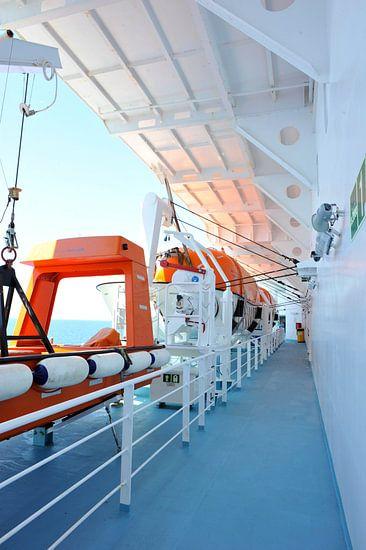 À bord d'un ferry van Martine Affre Eisenlohr