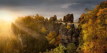 Sonnenaufgang an der Bastei in Sachsen. von Voss Fine Art Fotografie