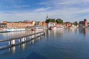 Fluss Schlei und der Hafen der historischen Stadt Kappeln von Marc Venema