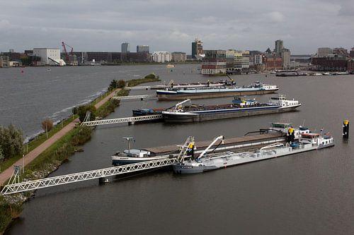 Silodam te Amsterdam van