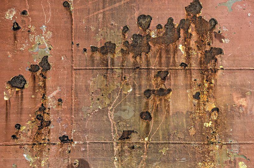 Scheepsromp met roest en lasnaden van Frans Blok