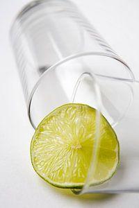 Glas met limoen