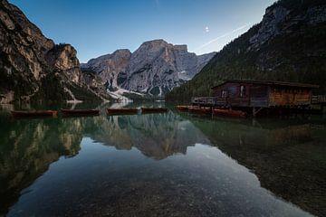 Lago di Braies in Italie