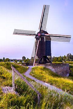 Mühle an der Uferpromenade. von Maurits Vermeulen