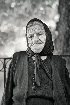 alte Frau Schwarz-Weiß-Porträt von gj heinhuis