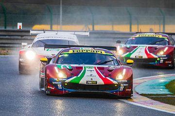Ferrari vs Porsche von Richard Kortland