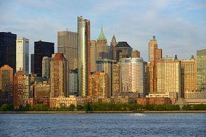 Lower Manhattan in New York voor zonsondergang