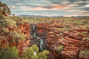 Zonsondergang waterval Australie