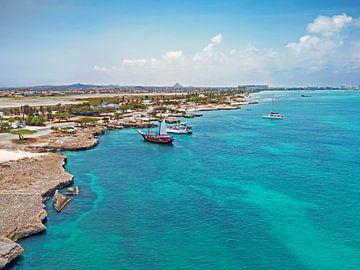 Luftbild von Aruba im Karibischen Meer von Nisangha Masselink