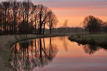 Ochtend Rood van Willem van Leuveren Fotografie