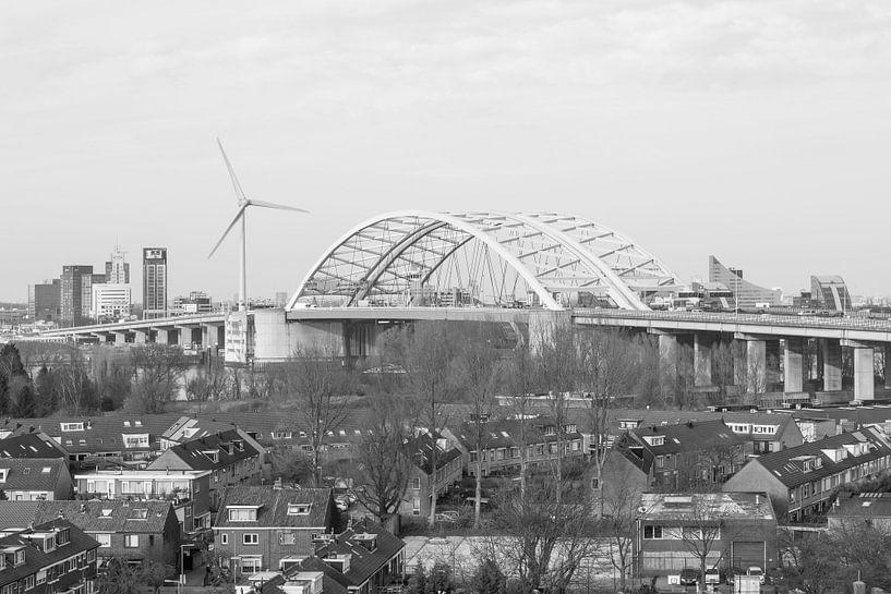 Van Brienenoordbrug in Rotterdam van MS Fotografie | Marc van der Stelt