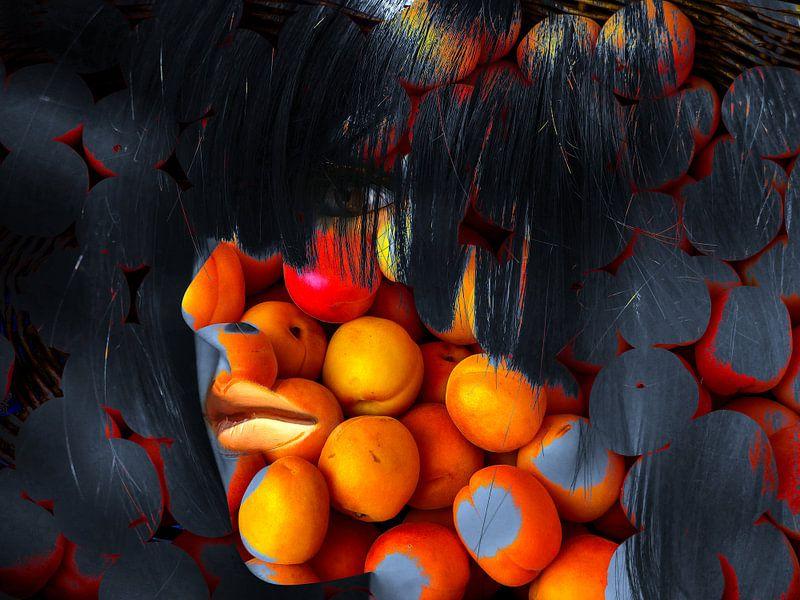 The woman with the oranges van Gabi Hampe