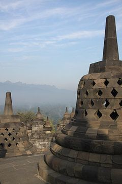 Borobudur Indonesië met zonsopkomst  van Ruud Wijnands