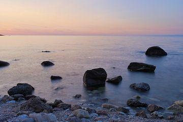 steenpartij in de zee von Eline Oostingh