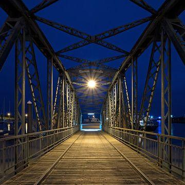 Nassau-Brücke, Wilhelmshaven von Katrin May