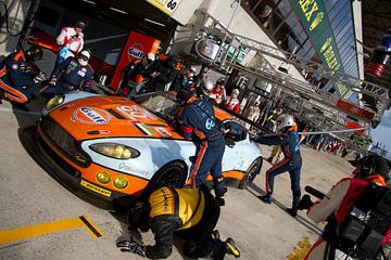 Pitstop Gulf Racing tijdens Le Mans 24h van Kevin Thomassen