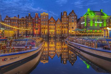 Amsterdam  by night van Claudia De Vries