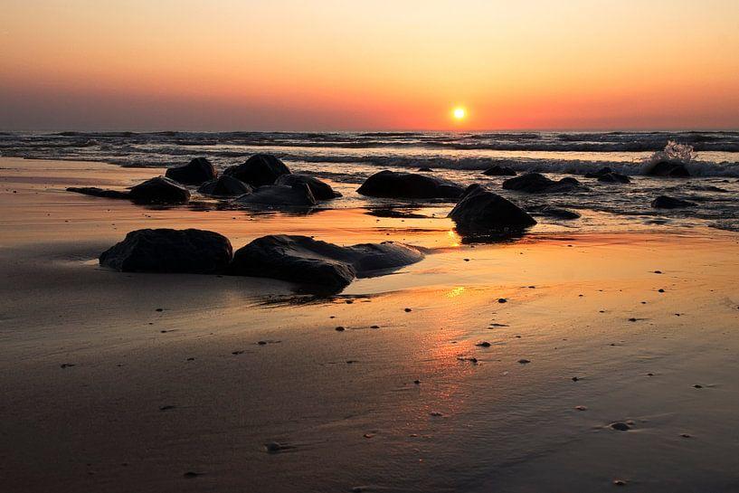 evening falls van Dirk van Egmond