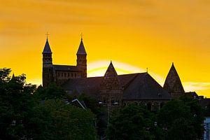 Zonsondergang Onze Lieve Vrouwebasiliek te Maastricht