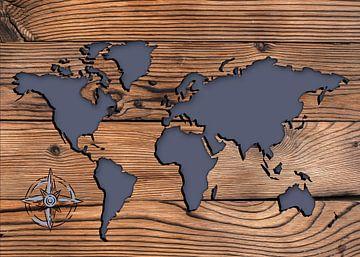 Weltkarten auf Holz mit Windrose Kompass von KalliDesignShop