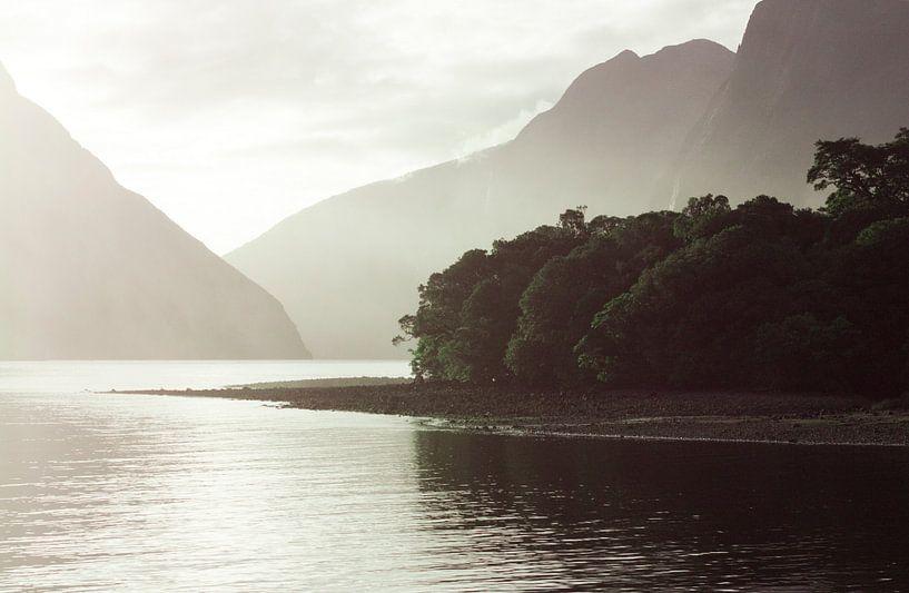 Milfort Sound, New Zealand van Floor Boers