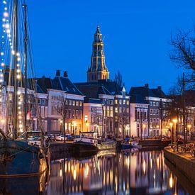 Groningen tijdens de schemering van Sander van der Werf
