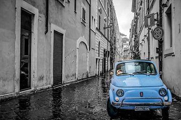 Fiat 500 in Rom. von Marleen Kuijpers
