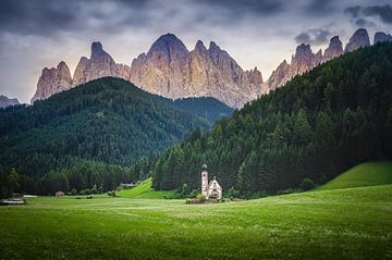 San Giovanni Church van Dennis Donders