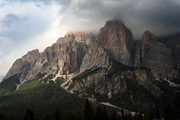 Grillige bergtoppen van de Dolomieten sur Wim Slootweg