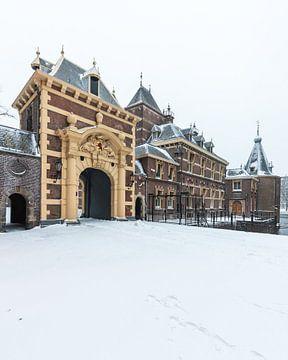 La porte de Mauritspoort et la tourelle en hiver sur OCEANVOLTA