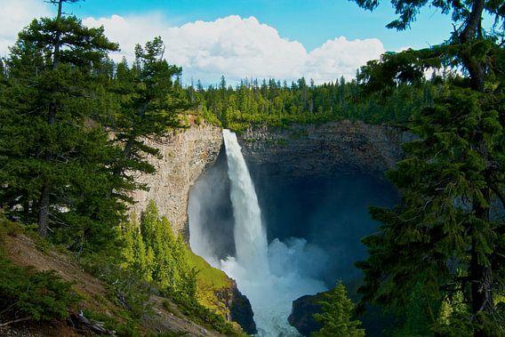 Waterval in het park Gray Wells Canada