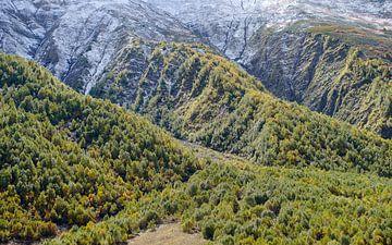 Berglandschap Kaukasus van Jeroen Kleiberg